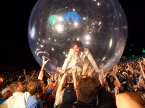 flaming lips wayne coyne bubble