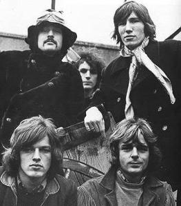 Pink Floyd with Syd at the back